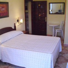 Отель Hostal Sonrisa del Mar Испания, Кониль-де-ла-Фронтера - отзывы, цены и фото номеров - забронировать отель Hostal Sonrisa del Mar онлайн комната для гостей фото 5