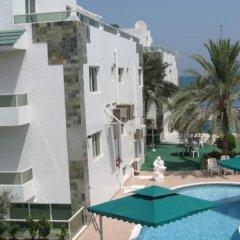 Отель Green House Resort бассейн