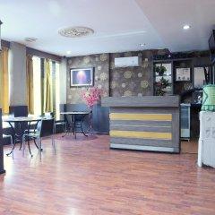 OYO 542 Majestiq Hotel гостиничный бар