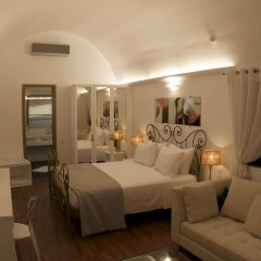 Отель La Mer Deluxe Hotel & Spa - Adults only Греция, Остров Санторини - отзывы, цены и фото номеров - забронировать отель La Mer Deluxe Hotel & Spa - Adults only онлайн комната для гостей