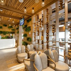 Oakwood Hotel Journeyhub Phuket Патонг