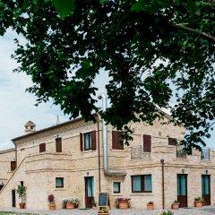 Отель Moretti Country House Чивитанова-Марке