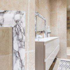Отель We Stay - Champs Elysées 75008 Франция, Париж - отзывы, цены и фото номеров - забронировать отель We Stay - Champs Elysées 75008 онлайн ванная