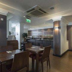 Thistle Trafalgar Square Hotel Лондон в номере