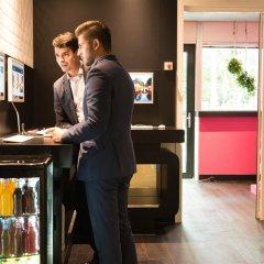 Отель Qbic Hotel Wtc Amsterdam Нидерланды, Амстердам - 6 отзывов об отеле, цены и фото номеров - забронировать отель Qbic Hotel Wtc Amsterdam онлайн интерьер отеля