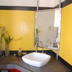 Отель V Филиппины, Пампанга - отзывы, цены и фото номеров - забронировать отель V онлайн ванная