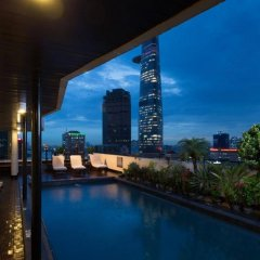 Palace Hotel Saigon бассейн фото 3