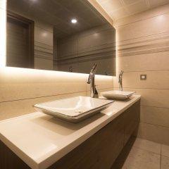 The Monard Hotel ванная