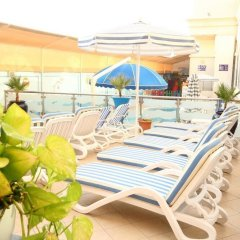 Отель Lavender Hotel Sharjah ОАЭ, Шарджа - отзывы, цены и фото номеров - забронировать отель Lavender Hotel Sharjah онлайн бассейн
