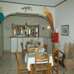 Отель Sellada Apartments Греция, Остров Санторини - отзывы, цены и фото номеров - забронировать отель Sellada Apartments онлайн гостиничный бар