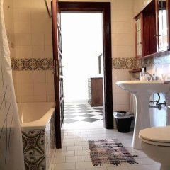 Отель Agriturismo Il Castagno Аджерола ванная