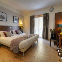 Carlton Hotel комната для гостей
