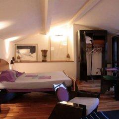 Отель La Tour Rose комната для гостей