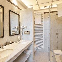 Отель De Tuilerieën - Small Luxury Hotels of the World Бельгия, Брюгге - отзывы, цены и фото номеров - забронировать отель De Tuilerieën - Small Luxury Hotels of the World онлайн ванная фото 2