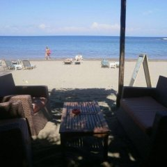 Aquarius Beach Hotel пляж
