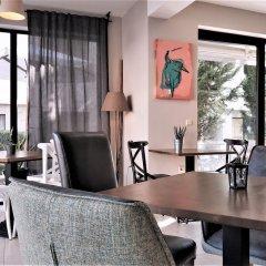 Отель New Line Village Apartments Болгария, Свети Влас - отзывы, цены и фото номеров - забронировать отель New Line Village Apartments онлайн интерьер отеля
