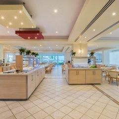 Отель Lordos Beach Кипр, Ларнака - 6 отзывов об отеле, цены и фото номеров - забронировать отель Lordos Beach онлайн интерьер отеля фото 2