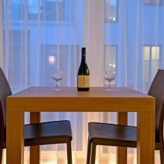 Отель Wienwert Apartments Getreidemarkt Австрия, Вена - отзывы, цены и фото номеров - забронировать отель Wienwert Apartments Getreidemarkt онлайн гостиничный бар