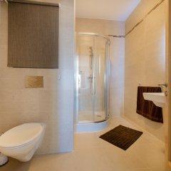 Отель THE Ultimate Luxury, Sliema With Pool Мальта, Слима - отзывы, цены и фото номеров - забронировать отель THE Ultimate Luxury, Sliema With Pool онлайн ванная фото 2