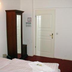 Hotel Amelie Berlin 3* Стандартный номер с различными типами кроватей фото 5