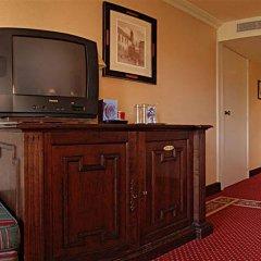 Отель Nh Brugge Брюгге удобства в номере фото 2