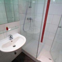 Отель Actilingua Apartment Hotel Австрия, Вена - отзывы, цены и фото номеров - забронировать отель Actilingua Apartment Hotel онлайн ванная