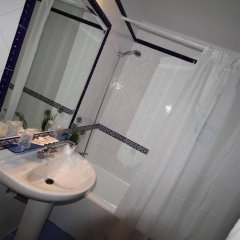 Hotel Mediterraneo Carihuela ванная