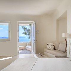 Mystique, a Luxury Collection Hotel, Santorini комната для гостей фото 3