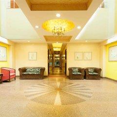 Отель The Corus Hotel Индия, Нью-Дели - отзывы, цены и фото номеров - забронировать отель The Corus Hotel онлайн интерьер отеля фото 2