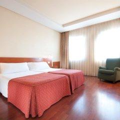 Отель Tryp Madrid Chamartin Испания, Мадрид - 1 отзыв об отеле, цены и фото номеров - забронировать отель Tryp Madrid Chamartin онлайн комната для гостей фото 2