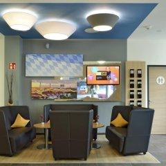Отель B&B Hotel Munchen City-Nord Германия, Мюнхен - отзывы, цены и фото номеров - забронировать отель B&B Hotel Munchen City-Nord онлайн интерьер отеля фото 3