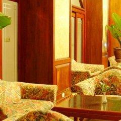 Отель Grand Sole Pattaya Beach Hotel Таиланд, Паттайя - отзывы, цены и фото номеров - забронировать отель Grand Sole Pattaya Beach Hotel онлайн интерьер отеля фото 2