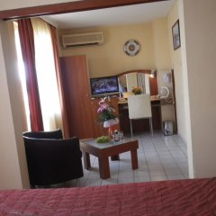 Отель Семейный Отель Палитра Болгария, Варна - отзывы, цены и фото номеров - забронировать отель Семейный Отель Палитра онлайн комната для гостей