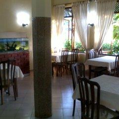 Отель Tandem Guest House Хиккадува питание