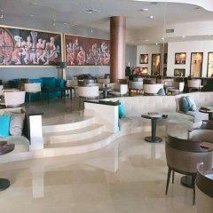 Отель Royal Thalassa Монастир гостиничный бар