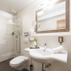 Отель Villa Helvetia Меран ванная