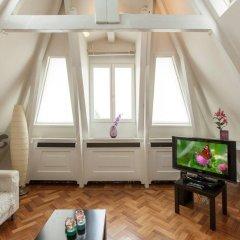 Отель Rijksmuseum Penthouse Нидерланды, Амстердам - отзывы, цены и фото номеров - забронировать отель Rijksmuseum Penthouse онлайн комната для гостей