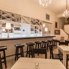 Отель Casa Bruselas гостиничный бар