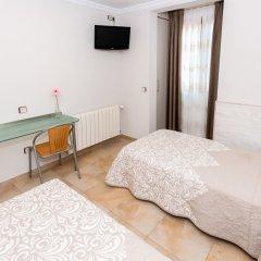 Hostel Viky Мадрид сейф в номере