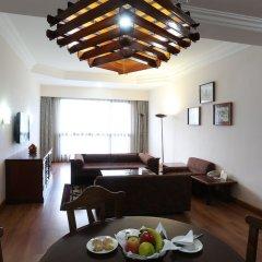 Отель Pokhara Grande Непал, Покхара - отзывы, цены и фото номеров - забронировать отель Pokhara Grande онлайн в номере