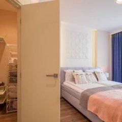 Отель FM Luxury 3-BDR Apartment - Sofia Dream Apartments Болгария, София - отзывы, цены и фото номеров - забронировать отель FM Luxury 3-BDR Apartment - Sofia Dream Apartments онлайн комната для гостей фото 3