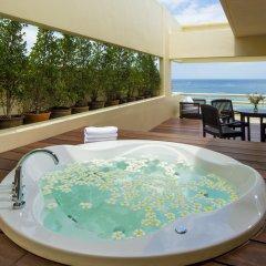Отель Hilton Phuket Arcadia Resort and Spa 5* Улучшенный люкс разные типы кроватей фото 5