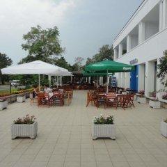 Отель Chaika Hotel Болгария, Св. Константин и Елена - отзывы, цены и фото номеров - забронировать отель Chaika Hotel онлайн питание фото 2