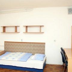 Апартаменты Rakoczi Boulevard Apartments комната для гостей фото 5