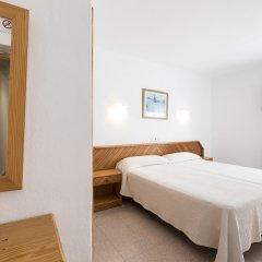 Отель Hostal Roca Испания, Сан-Антони-де-Портмань - 4 отзыва об отеле, цены и фото номеров - забронировать отель Hostal Roca онлайн