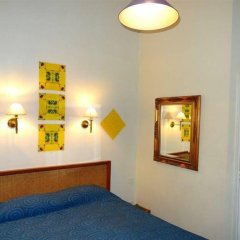 Отель MALAR Париж удобства в номере