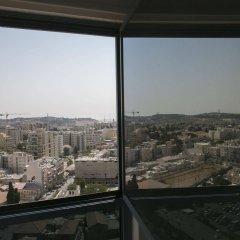 Windows of Jerusalem Vacation Rental Apartments by EXP Израиль, Иерусалим - отзывы, цены и фото номеров - забронировать отель Windows of Jerusalem Vacation Rental Apartments by EXP онлайн балкон
