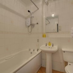 Отель Lewes Великобритания, Льюис - отзывы, цены и фото номеров - забронировать отель Lewes онлайн ванная