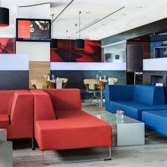 Отель InterCityHotel Hamburg Altona гостиничный бар
