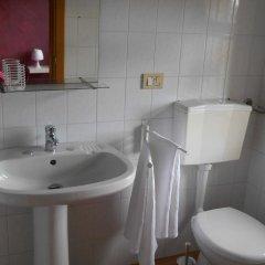 Отель Villa Hibiscus Джардини Наксос ванная фото 2